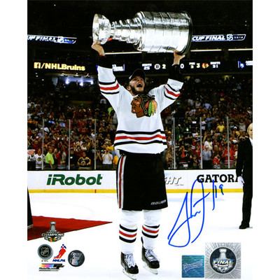 Jonathan Toews Autographed 8X10 Photo