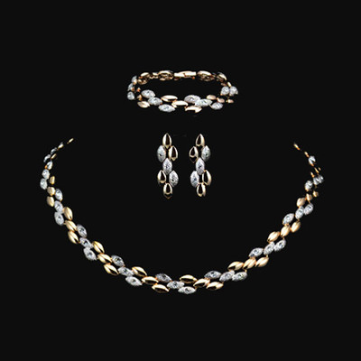 18K Gold Plated Two Tone Stellux Austrian Rhinestone Jewellery Set