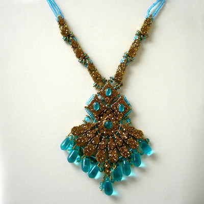 Elegant Flare Necklace - Blue + FREE Gift