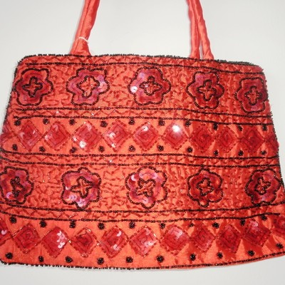 HANDCRAFTED TOTE