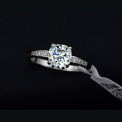 18K White Gold Plated 7mm Square Cubic Zirconia Ring