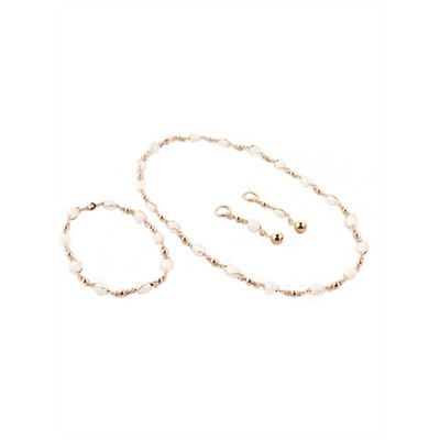 Golden Chain with  white details  Necklace With Earring Set