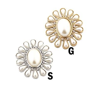 Elegant flower of pearls brooch in various colors