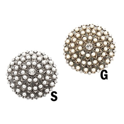 Sophisticated mini pearls brooch in various colors