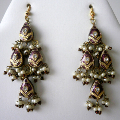 Dazzle Drop Earrings - Burgundy + FREE Gift