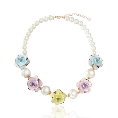 14K Gold Plated 5 Flower Simulated Pearl Necklace