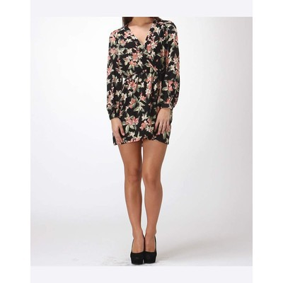 Honey Punch LONG SLEEVE FLORAL WRAP DRESS
