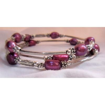 Fresh Pearl Bracelet With Metal (3 Wraps, dark pink Color)
