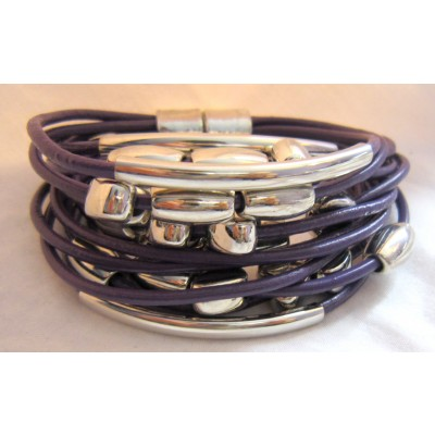 Leather Bracelet With Metals (Black)