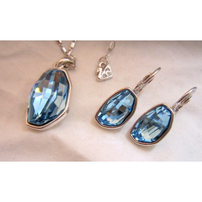 Bean Shape  Blue Swarovski Crystal Necklace With Earrings