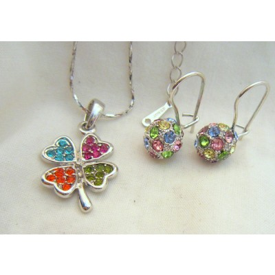 Four Leave 18K White Gold Swarovski Crystal (multi color) Necklace With Earrings