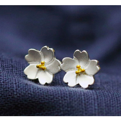 Silver and Rose Gold Daisy Stud Earrings