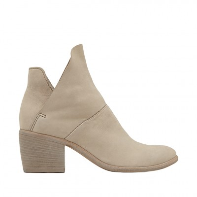 Dolce Vita Women's Salena Shoe in Sand