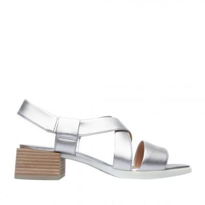 Camper Women's Kobo Sandal in Silver