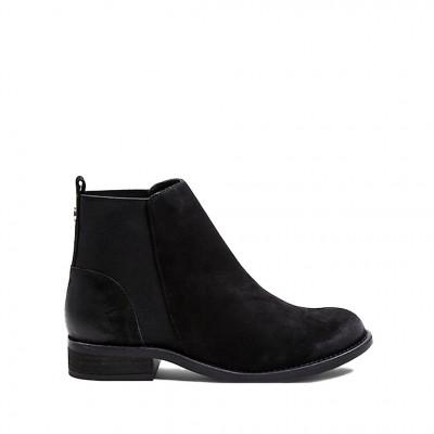 Steve Madden Women's Groupie-M Chelsea Boot in Black