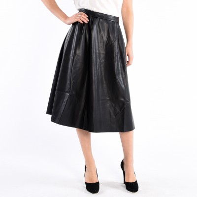 Long Pleated Pu Skirt With Side Zip