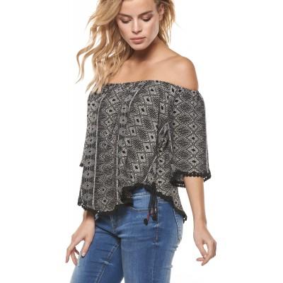 Flutter S Round Neck Top With Crochet Trim